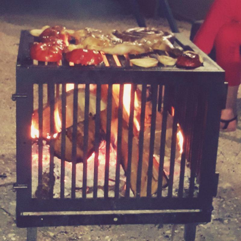 barbecue grill feu de bois les dérivés