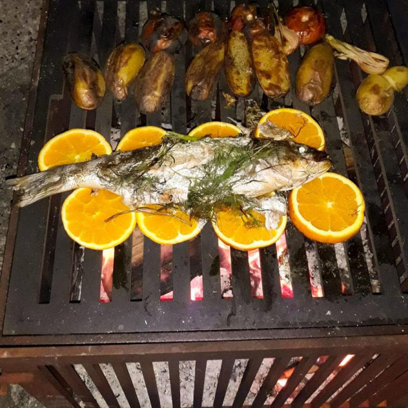 cuisson de poissons au barbecue Le Dérivé